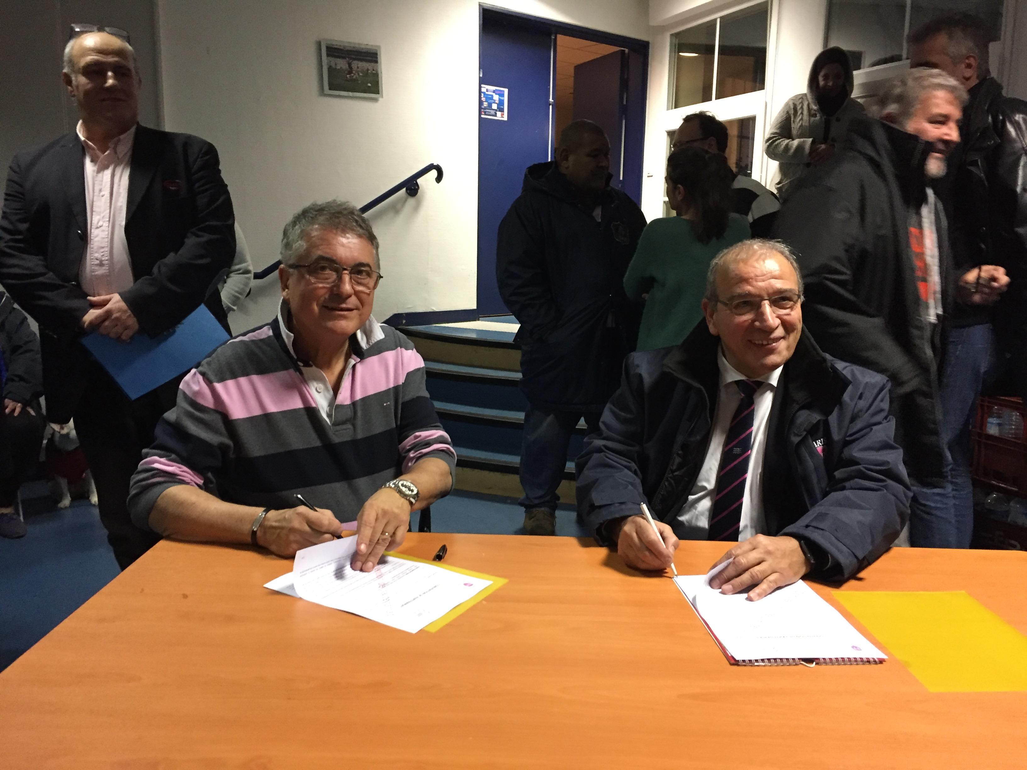 Clamart Rugby 92 Conventions de partenariat avec le Racing 92 et le Stade Français en présence du Maire de Clamart