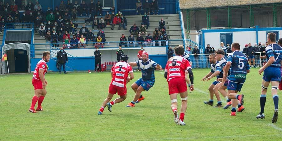 Défaite de Clamart Rugby 92 à Epernay en Fédérale 3 sénior - photo d'une action de jeu clamartoise