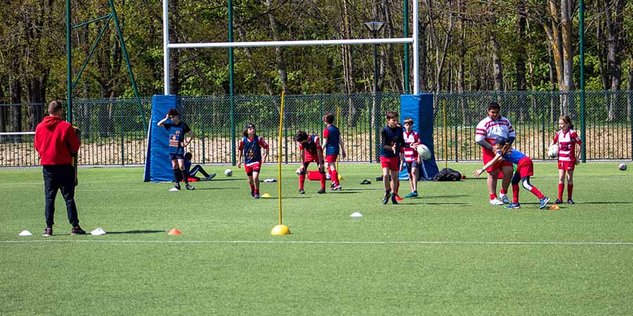 Une semaine de stage au Clamart Rugby 92 - photo d'un atelier de rugby